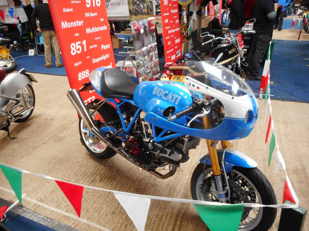 Classic racing motorcycles 1