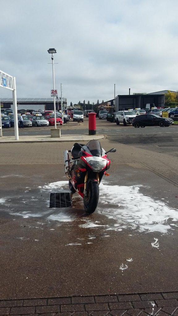 Aprilia RSV autumn run in the sun 1