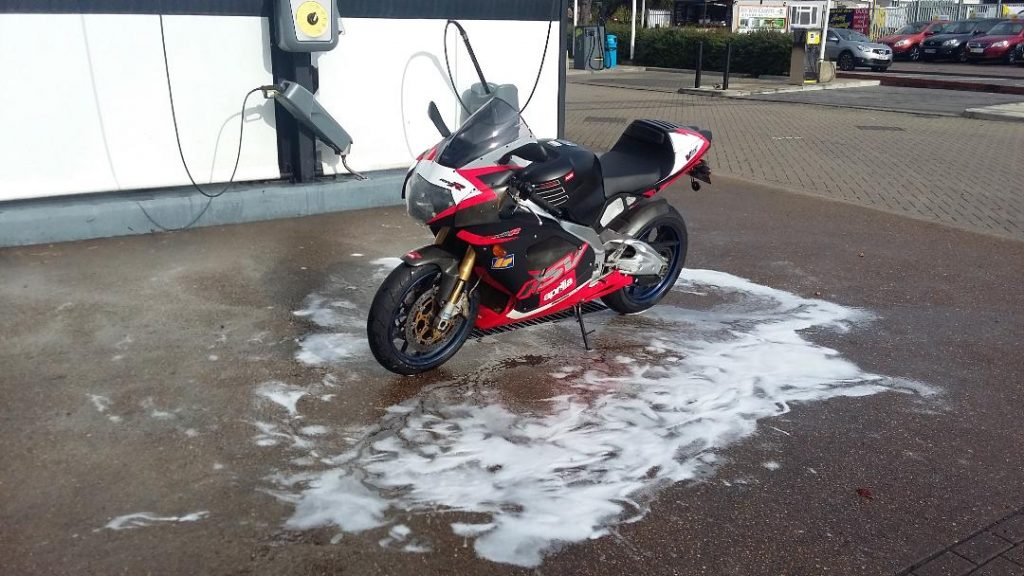 Aprilia RSV autumn run in the sun 2