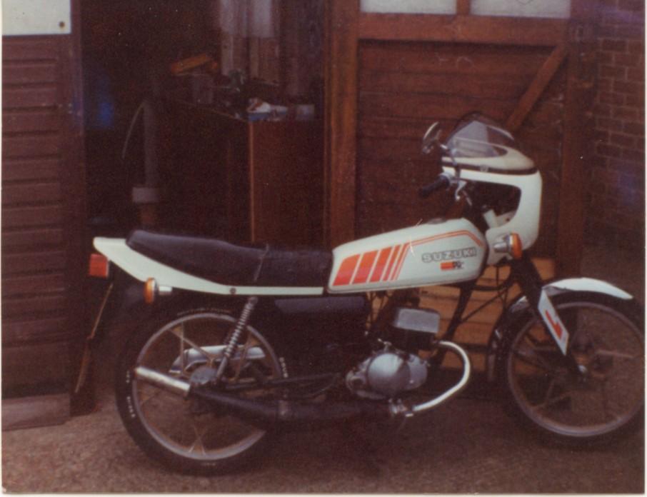 Suzuki ZR50