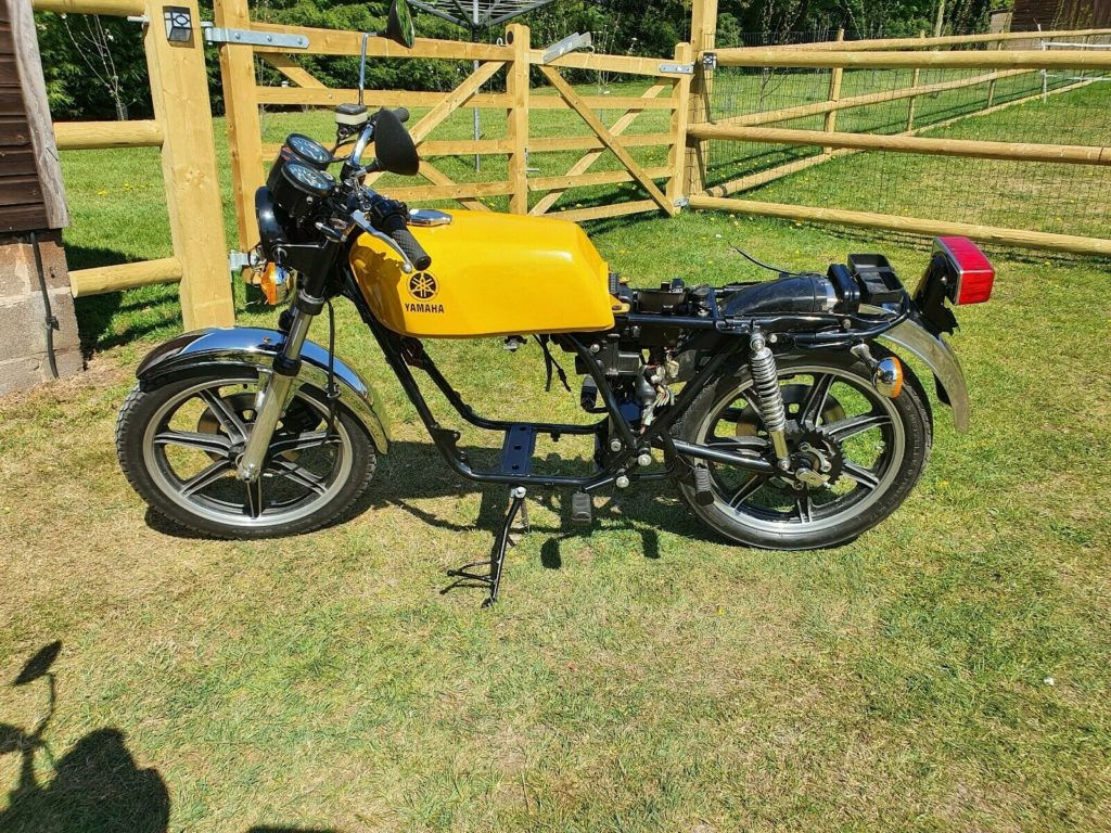 Awesome Yamaha RD250 project for sale 6