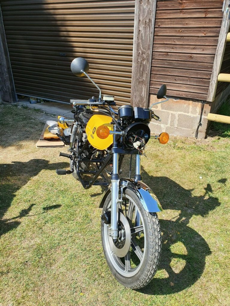 Awesome Yamaha RD250 project for sale 4