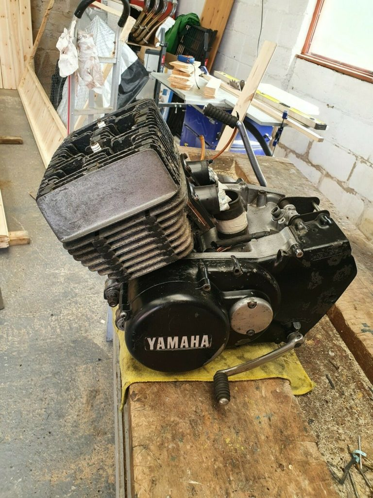 Awesome Yamaha RD250 project for sale 3