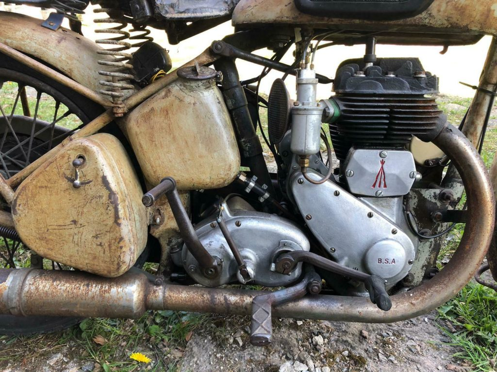 barn find BSA WM20