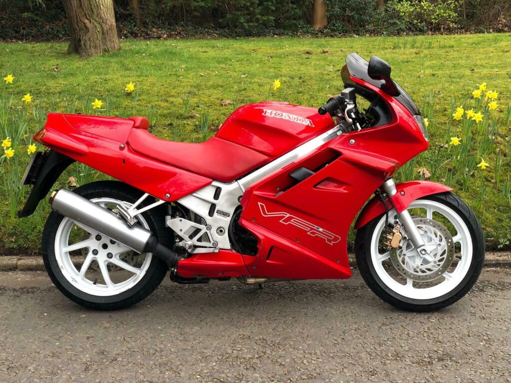 Awesome Honda VFR750 F-M for sale 5
